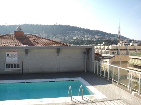 Pool Mit Dach pool am dach - picture of hiparkadagio nice, nice - tripadvisor