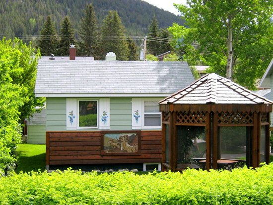 Photo of Banff Beaver Cabins