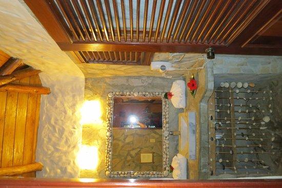 Natura Cabana Boutique Hotel & SPA: Bathroom at Caracol