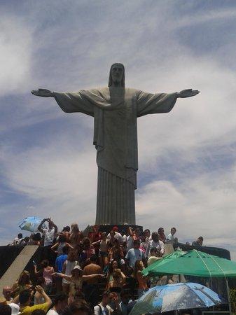 Statue du Christ Rédempteur : Paguei todos os pecados pra chegar aqui