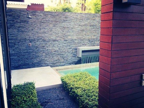 X2 Koh Samui Resort - All Spa Inclusive: Outdoor shower.