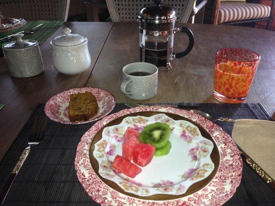 Casa Piedra Bed & Breakfast: amazing breakfasts in a lovely space