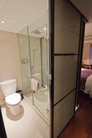 SSAW Boutique Hotel Shanghai Bund: Bath