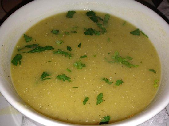 Café Verona : lentil soup