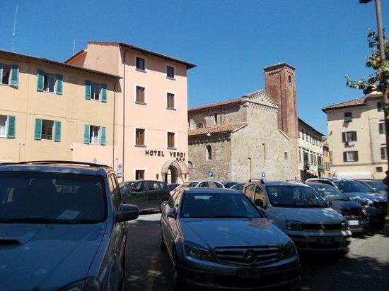 Hotel Verdi: Fachada exterior.