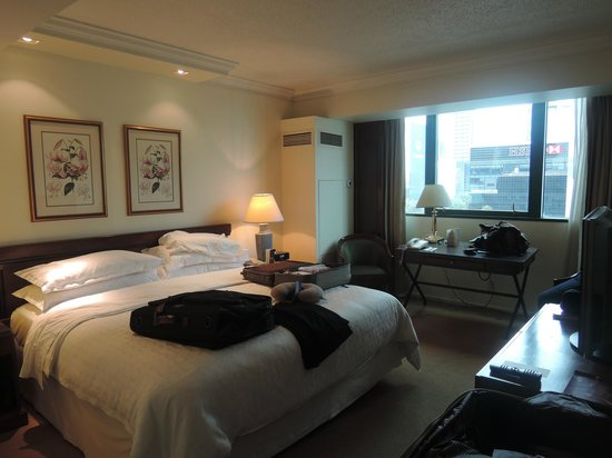 Sheraton Mexico City Maria Isabel Hotel: Outdated Room