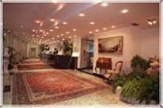 Hotel Alexander Palace : corridoio