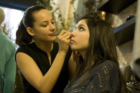 Tout Suite: Eventos de maquillaje