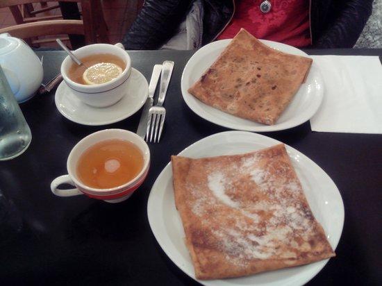 Creperie Sainte-Croix : crêpes, bolée et thé.