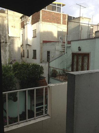 Casa de Los Amigos: View from the apartment patio