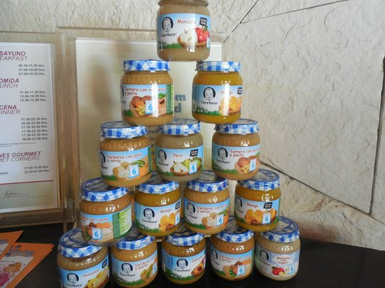 Azul Beach Resort Sensatori Mexico : No need to bring baby food......they have it there for you
