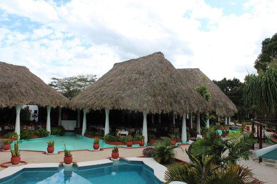 Pueblo Maya : The dining area.