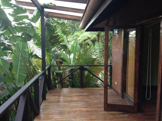 Rio Celeste Hideaway Hotel : Deck.