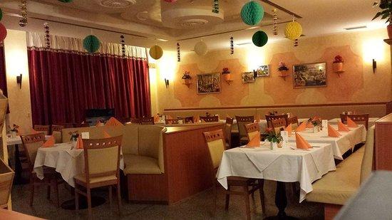 Sharmas Orginal Indisches Spezialitäten Restaurant