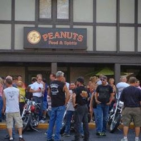 Photo of Nightclub Peanuts Food and Spirits at 5731 Saint Joe Rd, Fort Wayne, IN 46835, United States