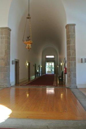 Pousada Mosteiro Guimarães: Corridors