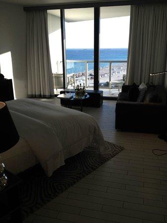 W South Beach: Spectacular Studio - so they said