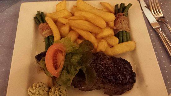 Wilde Rose Keller: Leckeres Steak....