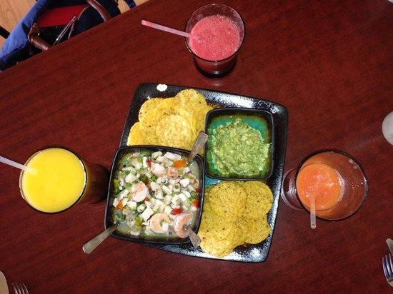 Land and Ocean Costa Rican Restaurant: Ceviche and fresh juices