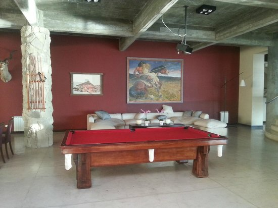Cacique Inacayal Lake & Spa Hotel: sala de juegos
