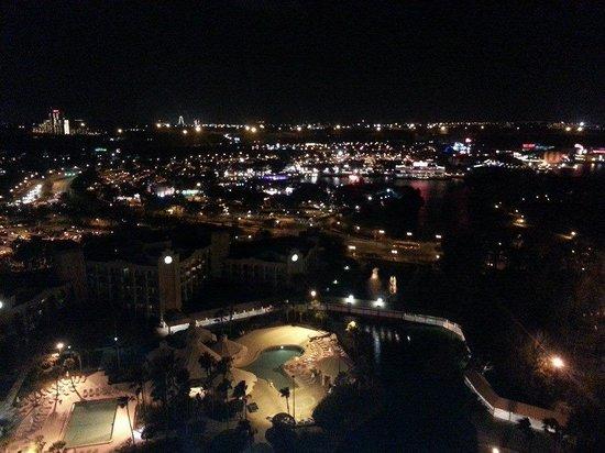Hilton Orlando Buena Vista Palace Disney Springs : night time view