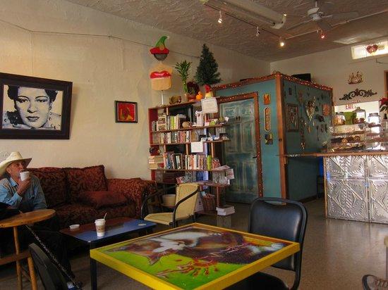 Passion Pie Cafe : Inside
