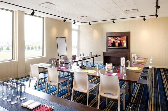 Aloft Cleveland Downtown: Tactic meetings