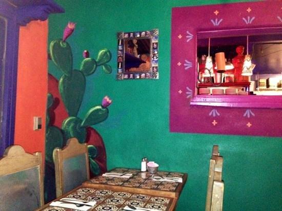 Orlando's New Mexican Cafe: eclectic fun