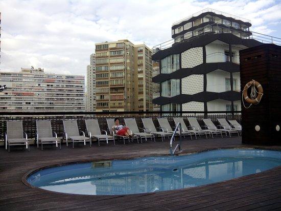 Hotel Agir: piscinita pequeña