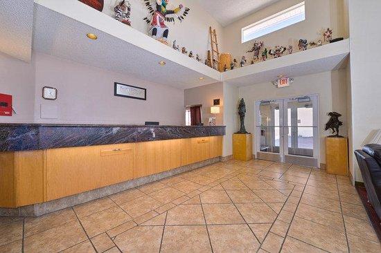 Lexington Inn - Holbrook, AZ: Front Desk