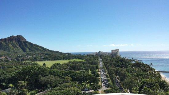 Park Shore Waikiki: Room 1709 taken from the balcony