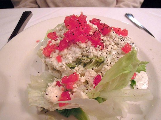 Sullivan's Steakhouse: Iceberg Wedge