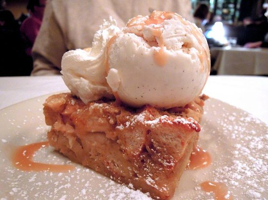 Sullivan's Steakhouse: Bananas Foster Bread Pudding