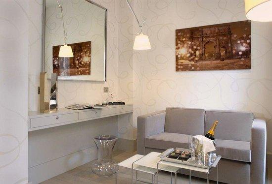 Mood 44: Apartment