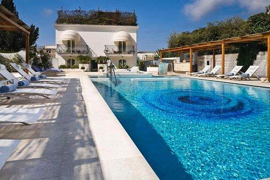 Blu Capri Relais