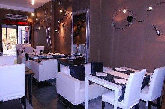 Royal Palace Luxury: Restaurant