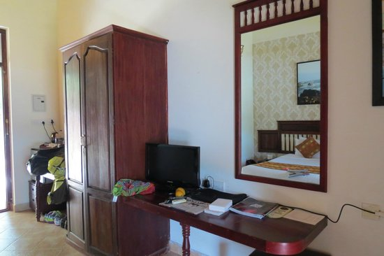 Fragrant Nature Backwater Resort & Ayurveda Spa: the bedroom