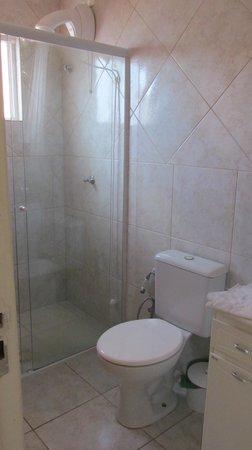 Hotel Pousada Silene: baño