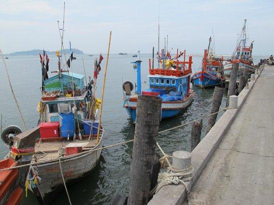 Ang Sila Old Market 133 Years