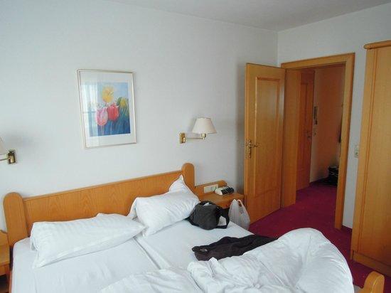 Bergkristall Alpendorf: slaapkamer, goed bed.