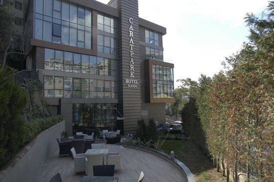Caratpark Hotel : Building