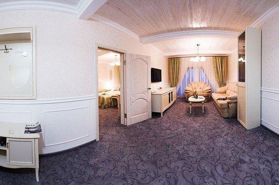 Raigond Hotel: Deluxe