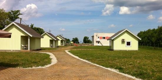 Valaste Guest House And Camping: camping area