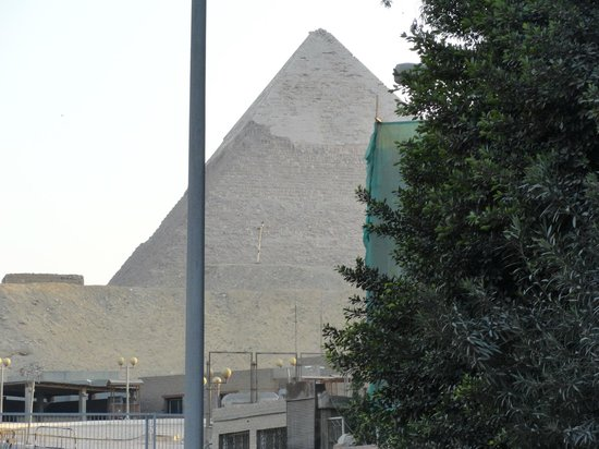 Khafre's Pyramid: View from the street