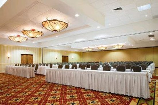 Ramada Lafayette Conference Center: Ball Room