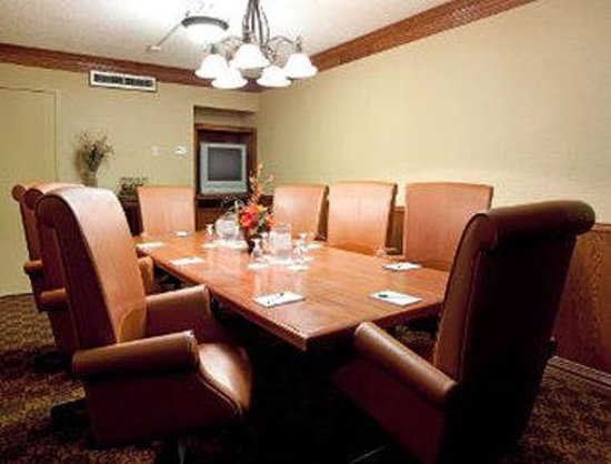 Ramada Lafayette Conference Center: Board Room