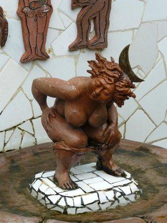 Martha Jimenez's Studio Workshop: Fun fountain in the gallery