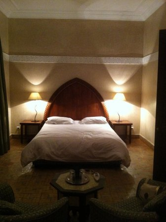 Riad Les Bougainvilliers: The suite with queen bed