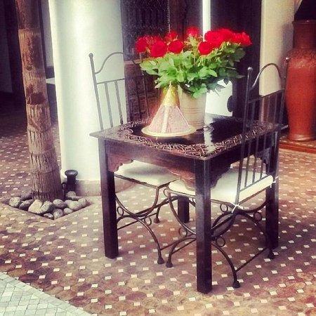 Riad Assouel: Courtyard
