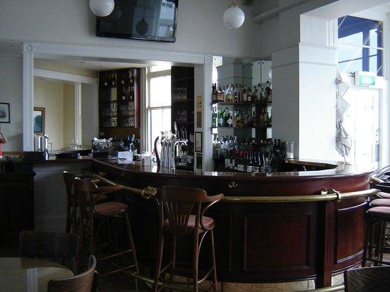 The Esplanade Hotel : The Bar.